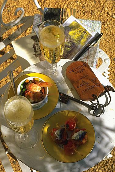 Die Vereinigung Relais & Châteaux sind Luxushotels und Restaurants und verteilen sich über Frankreich