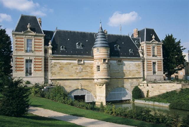 Château du Marché - ein Wahrzeichen von Châlons-en-Champagne.