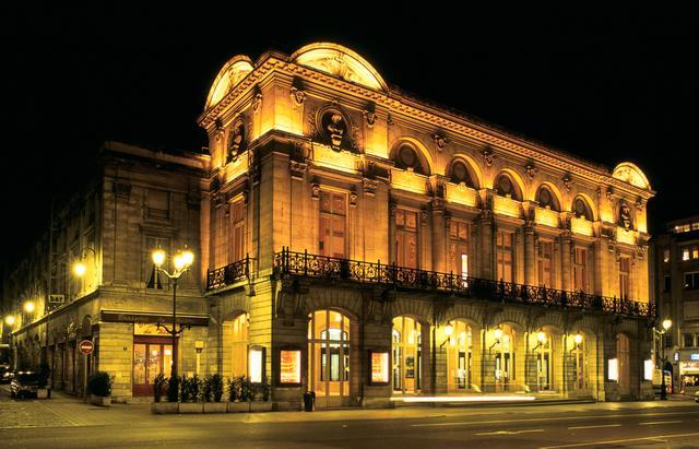 Das Opernhaus von Reims, das im Jahr 1873 eingeweiht wurde. Jedes Jahr finden viele Aufführungen statt.