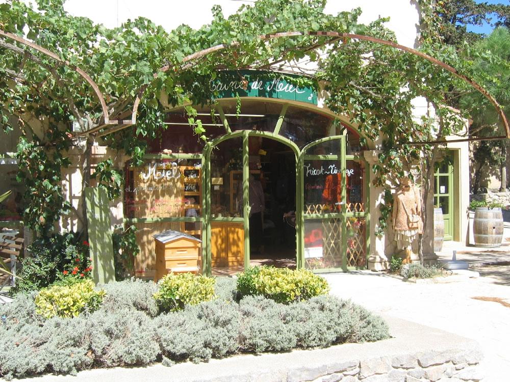 Une boutique artisanale