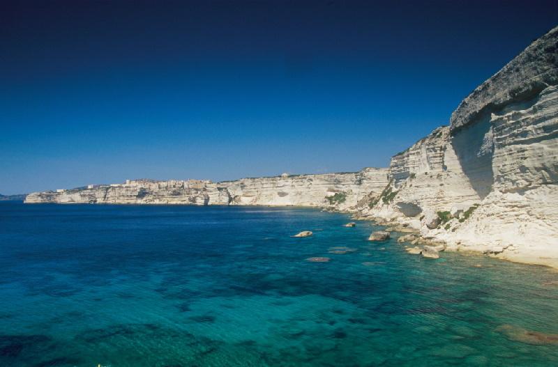 Arc marin international des Bouches de Bonifacio, Naturreservat zwischen Korsika und Sardinien. entre Corse et Sardaigne. CORSE DU SUD (2A)