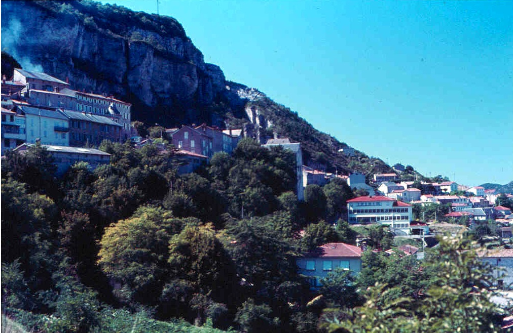 Der Causse du Larzac ist eine Kalk-Hochebene in Languedoc-Roussillon, Südfrankreich. Der  südlichste Causse des Zentralmassivs.