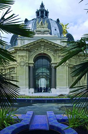 Von 2000 bis 2005 wurde das Kunstmuseum Petit Palais mit mehr als 72 Millionen Euro grundlegend renoviert