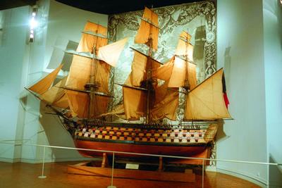 Das Musée National de la Marine in Paris ist ein Marinemuseum mit außergewöhnlichen Gegenständen und wurde 1827 gegründet