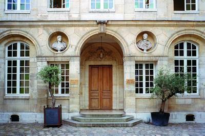 Das Musée Bricard oder auch Musée de la Serrure hat eine Sammlung von Schlösser und Schlüssel aus römischer Zeit