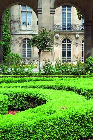 Das Musée Carnavalet im Stadtteil Marais in Paris zeigt die Geschichte der Stadt von ihren Ursprüngen bis zum heutigen Tage