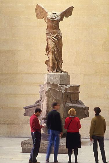 Der Louvre, der ursprünglich ein Königspalast war,  beherbergt bereits seit 1793 ein Museum, das heute international einen hervorragenden Ruf hat.