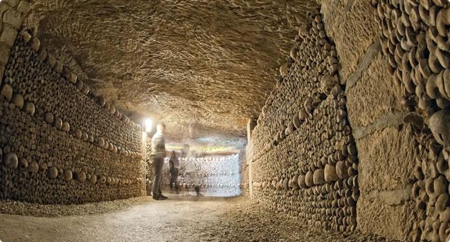Bildergebnis für katakomben paris