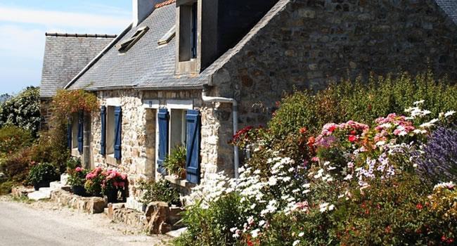Die Bretagne lockt mit ihrer ganz eigenen urigen Art. -  @ skeeze (CC0-Lizenz) / pixabay.com