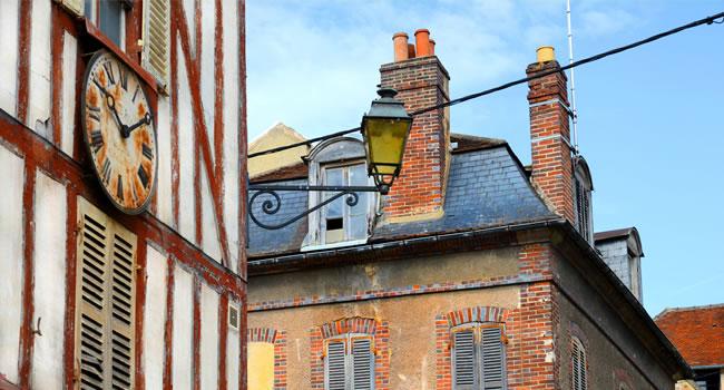 Die Altstadt Joigny im Burgund