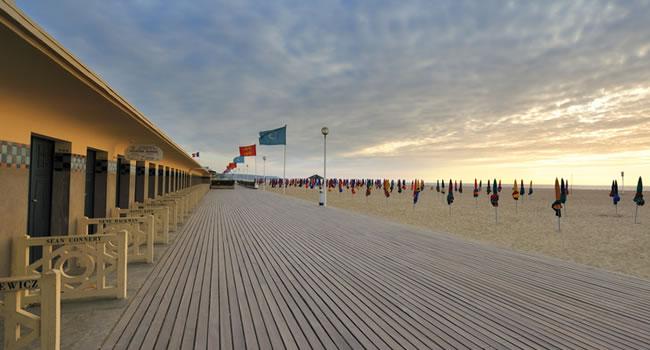 Normandie Urlaub am Strand von Deauville