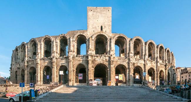 Das Amphitheater in Arles