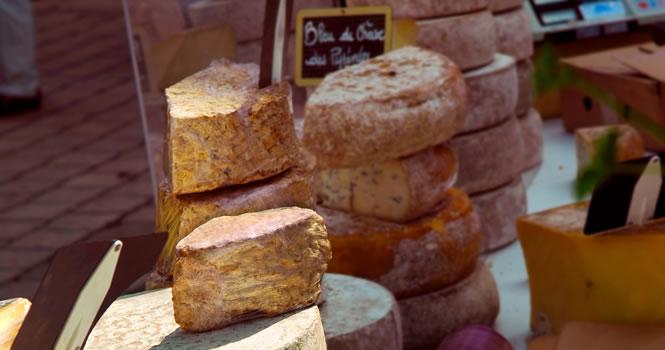 Französischer Käse frisch vom Markt